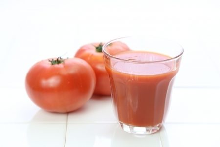 トマトは糖質が多いの?ダイエット向きのレシピは?